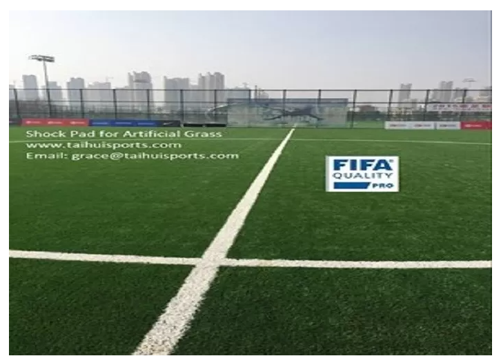 PE Foam 8-20 MM Recyclable Turf Underlay No Absorbing Water Artificial Grass Shock Pad Heavy Metal Free No Odor